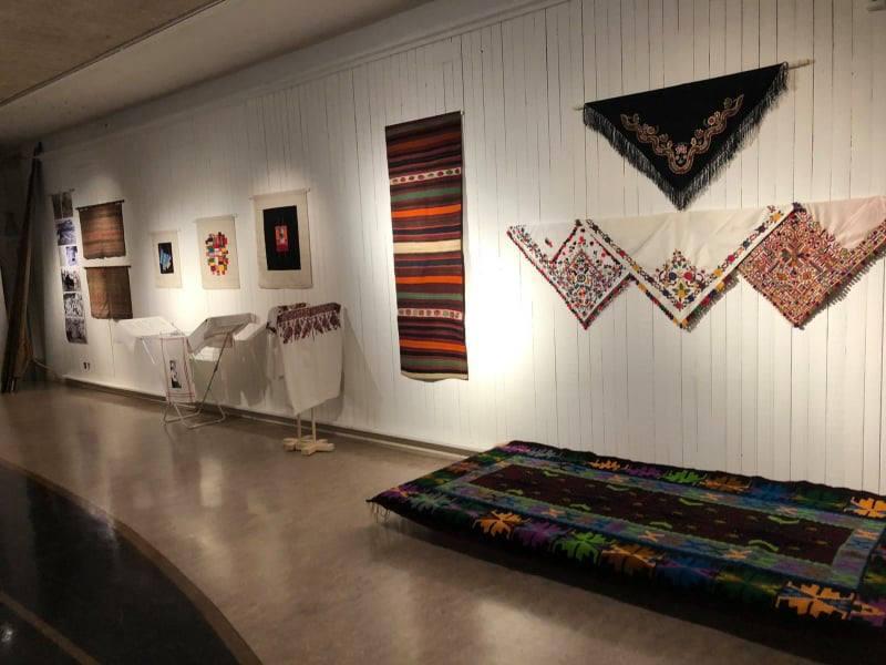 """Међународна изложба текстила и народне умјетности """"Раскршћа"""" у Лександу, Шведска"""